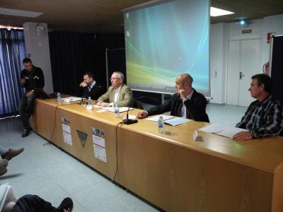 taula rodona amb els experts Latinjak,Daza,Castejón i Segura