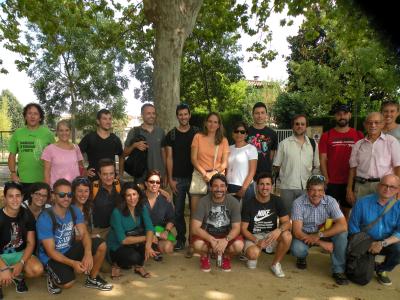 Alumnes i ponents durant el seguiment de la triatló