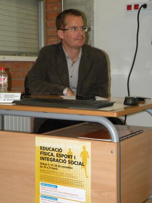 El Dr. Chris Kennett al INS Pere Alsius