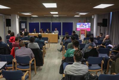 La sisena edició del Seminari aplega més de seixanta professionals de l'àmbit acadèmic i esportiu a Banyoles