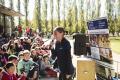 L'atleta olímpica Esther Guerrero davant 350 alumnes de la comarca