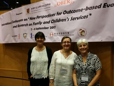 Carme Montserrat amb Cinzia Canali a la Conferència internacional.