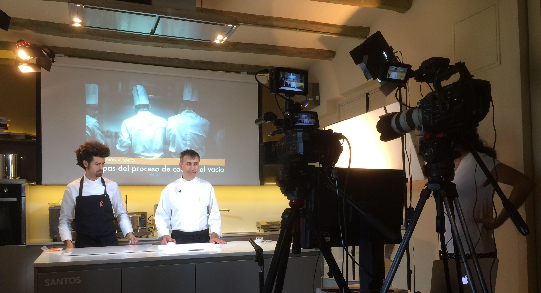 La Universitat de Girona i El Celler de Can Roca fan un curs de cuina en línia